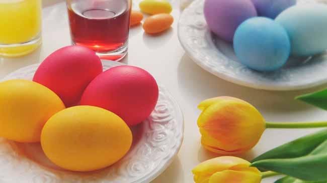 Soñar con huevos grandes de colores