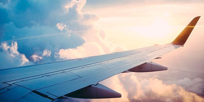 Soñar con viaje en avion