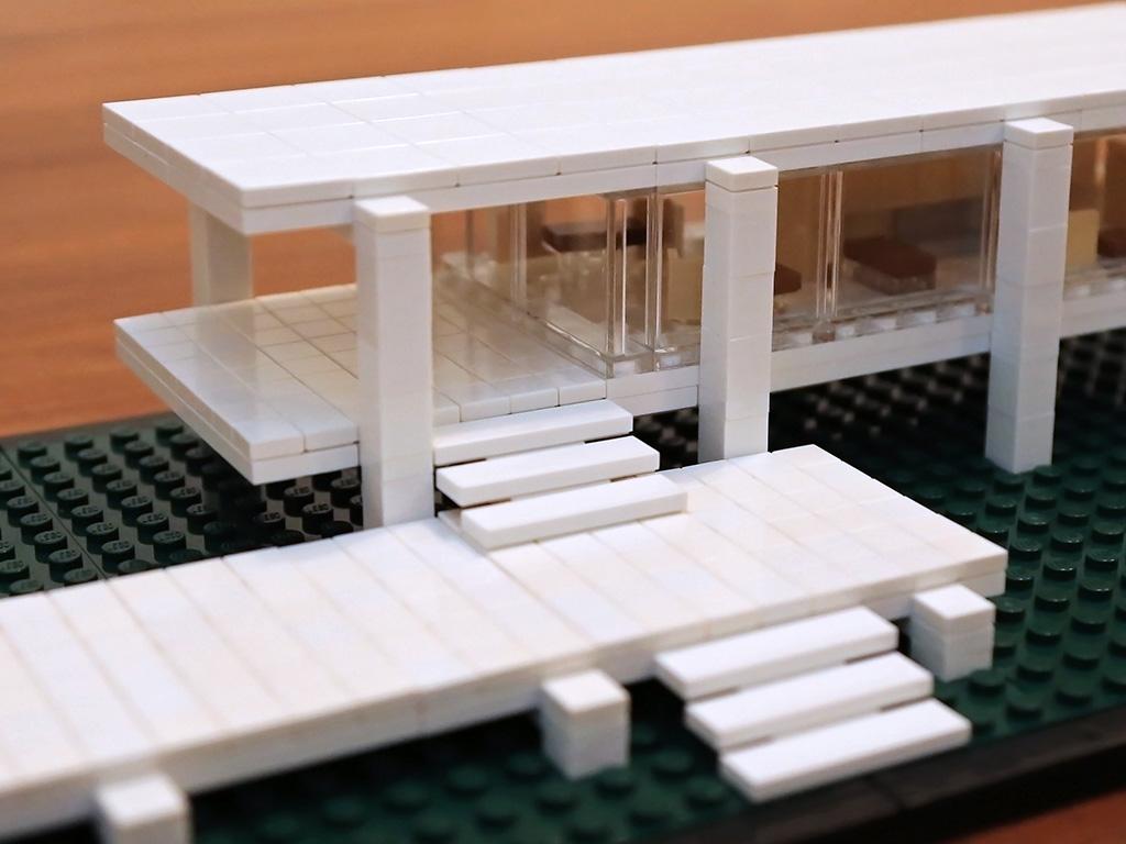 Farnsworth House  Quest for Bricks