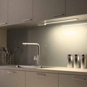progettare-la-cucina-luci-sottopensile