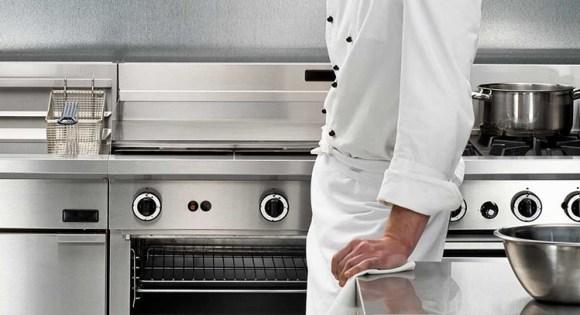 Piano lavoro cucina acciaio inox. - Questioni di Arredamento
