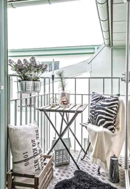 Come arredare il balcone di casa questioni di arredamento for Arredare il balcone