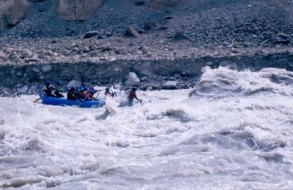 Rafting Adventure Trip to Ladakh