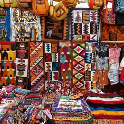 Mercado Central de San Pedro, Cusco. Fonte: andeanwingshotel.com