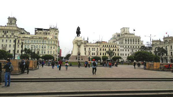 Lima Plaza San Martín