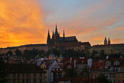 Guía turística con toda la información necesaria para visitar Praga