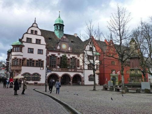 Antiguo y Nuevo Ayuntamiento de Friburgo de Brisgovia