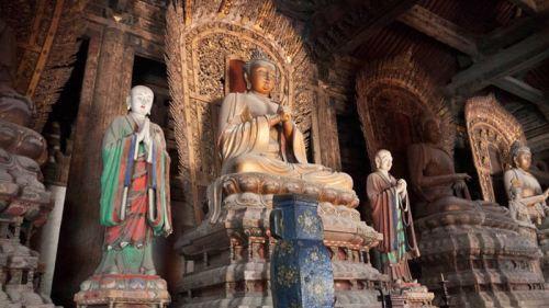Estatuas de Buda en el Salón Da Xiong Bao del Templo Shanhua