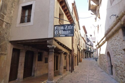 Casas tradicionales de Sepúlveda junto a la Plaza de España