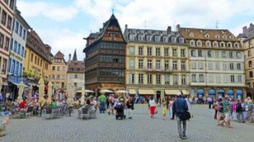Casa Kammerzell en la Plaza de la Catedral, uno de los edificios más bellos de Estrasburgo