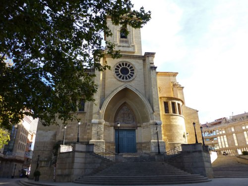 Fachada principal de la Catedral de Albacete