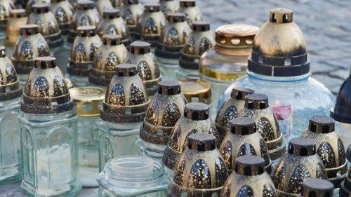 Vasijas con tapa plata típicas de Cracovia