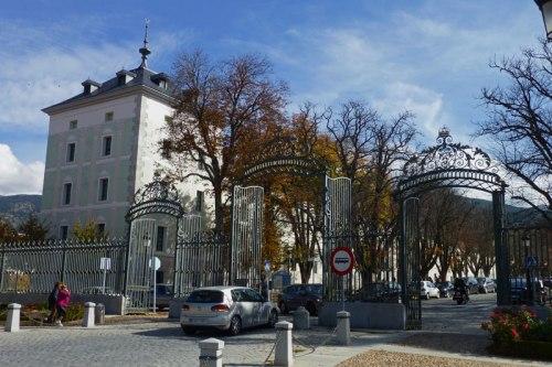 Cuartel de Guardias Corps junto a las Puertas de Segovia