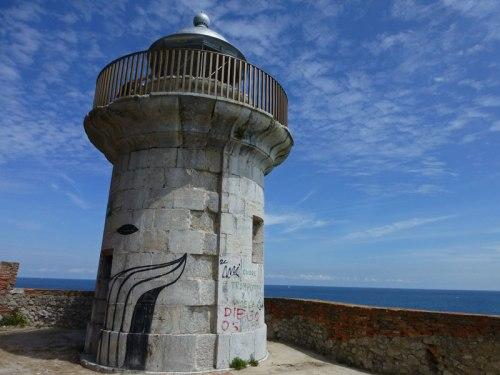 Faro del Caballo, uno de los rincones más pintorescos de Santoña