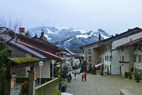 Gruyeres en el corazón de los Alpes suizos