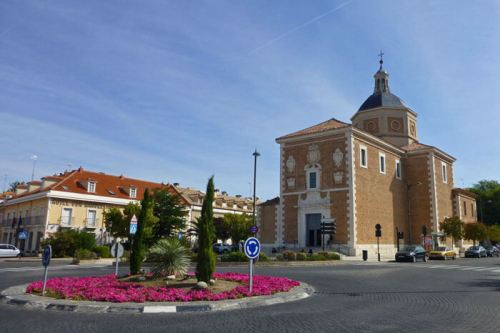 Iglesia de Nuestra Señora de las Angustias o Iglesia de Alpajés