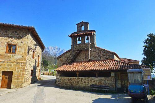 Iglesia de Nuestra Señora de la Asunción en Mogrovejo
