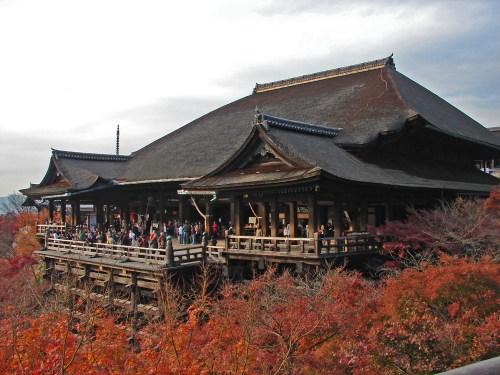 Edificio principal del templo Kiyomizudera, qué ver y hacer en Kioto