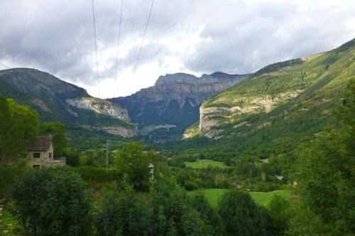 Monte Mondarruego visto desde Torla-Ordesa