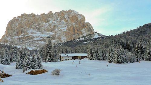 Monte Sasslong en las Dolomitas