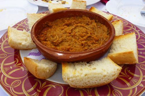 Morteruelo, uno de los platos típicos de la gastronomía de Enguídanos