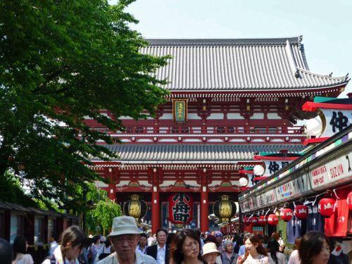 Nakamise Dori y puerta Hanzomon del Templo Sensoji