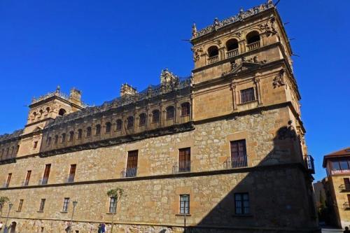 Palacio de Monterrey en Salamanca, una joya de estilo plateresco