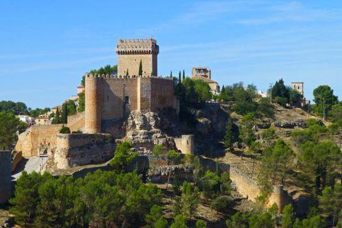 Castillo de Alarcón, actualmente convertido en Parador Nacional de Turismo
