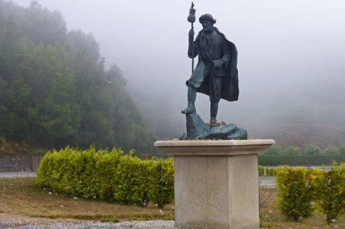 Monumento al Peregrino en O Cebreiro
