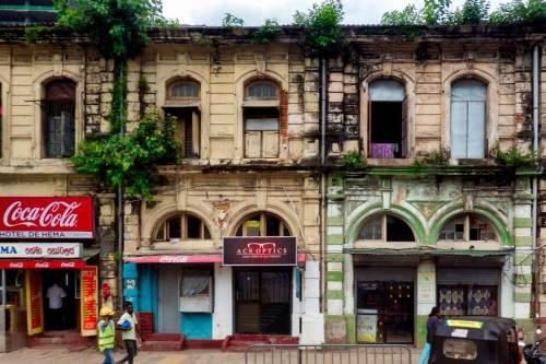 Calles de Colombo, capital de Sri Lanka, antigua Ceilán