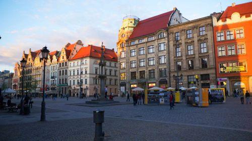 Picota en la Plaza Rynek, antiguo lugar de ajusticiamiento
