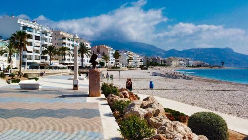 Playa de la Escollera, una de las más famosas de Altea