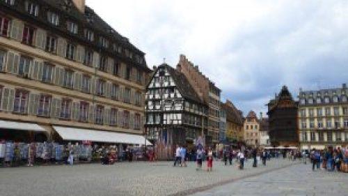 Plaza de la Catedral, uno de los escenarios del Mercado de Navidad de Estrasburgo