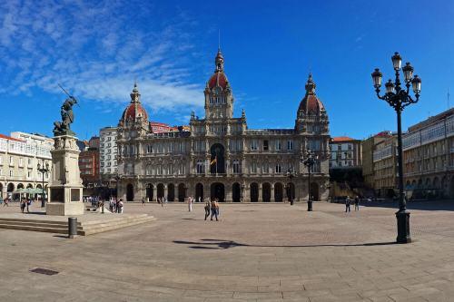Plaza de María Pita, el centro de la vida civil de La Coruña