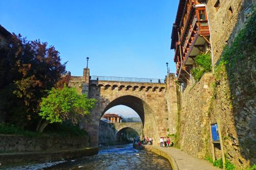 Puentes de Potes, conocida como la Villa de los Puentes