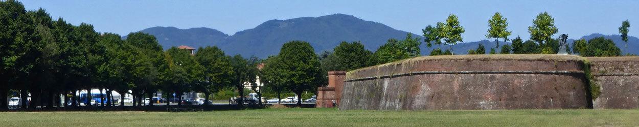 Guía de turismo con toda la información necesaria para visitar Lucca