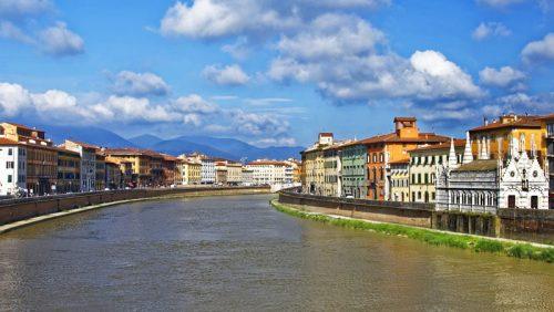 El río Arno acoge las principales fiestas de Pisa