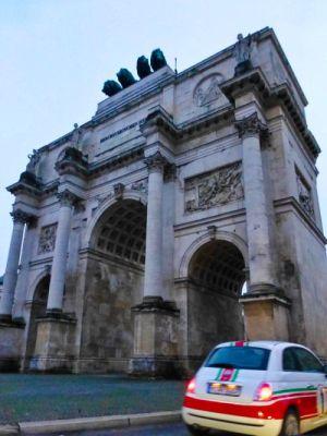 Siegestor, una de las puertas de Múnich