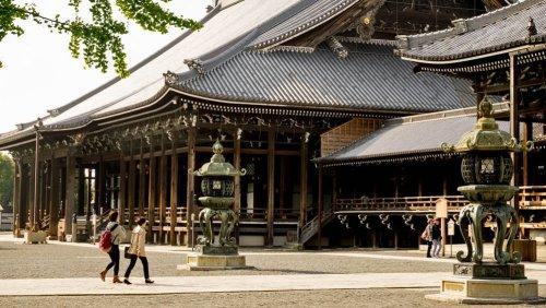 Templo Nishi Hongan-ji en el corazón de Kioto