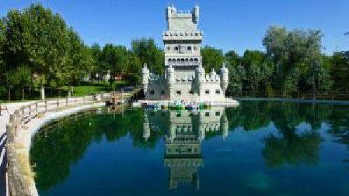 Réplica a escala de la Torre de Belém, un símbolo de Lisboa