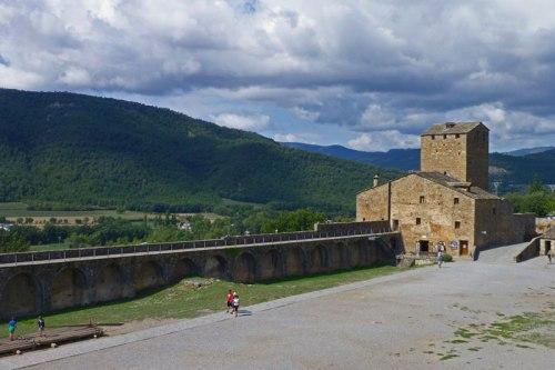 Torre del Homenaje, en su interior se encuentra el Eco Museo Aínsa