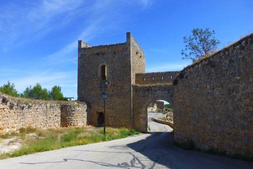 Puerta y Torre del Calabozo, formaban parte de la segunda línea de defensa de Alarcón