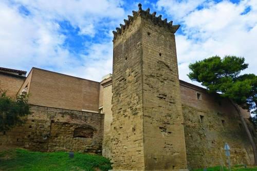 Muralla de Huesca rodeando el casco histórico de la ciudad