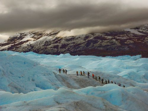 Excursión a pie, ruta de senderismo o trekking por el glaciar Perito Moreno