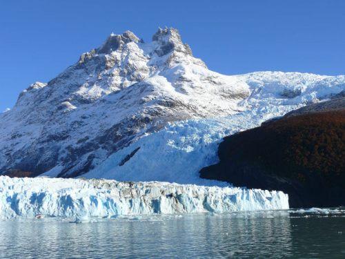 Glaciar Spegazzini, el más alto del Parque Nacional Los Glaciares de Argentina