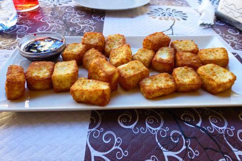 Queso manchego frito, una de las delicias de la gastronomía de Chinchilla