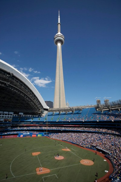 Bus Trip: Toronto and Blue Jays Baseball Game | QUIC