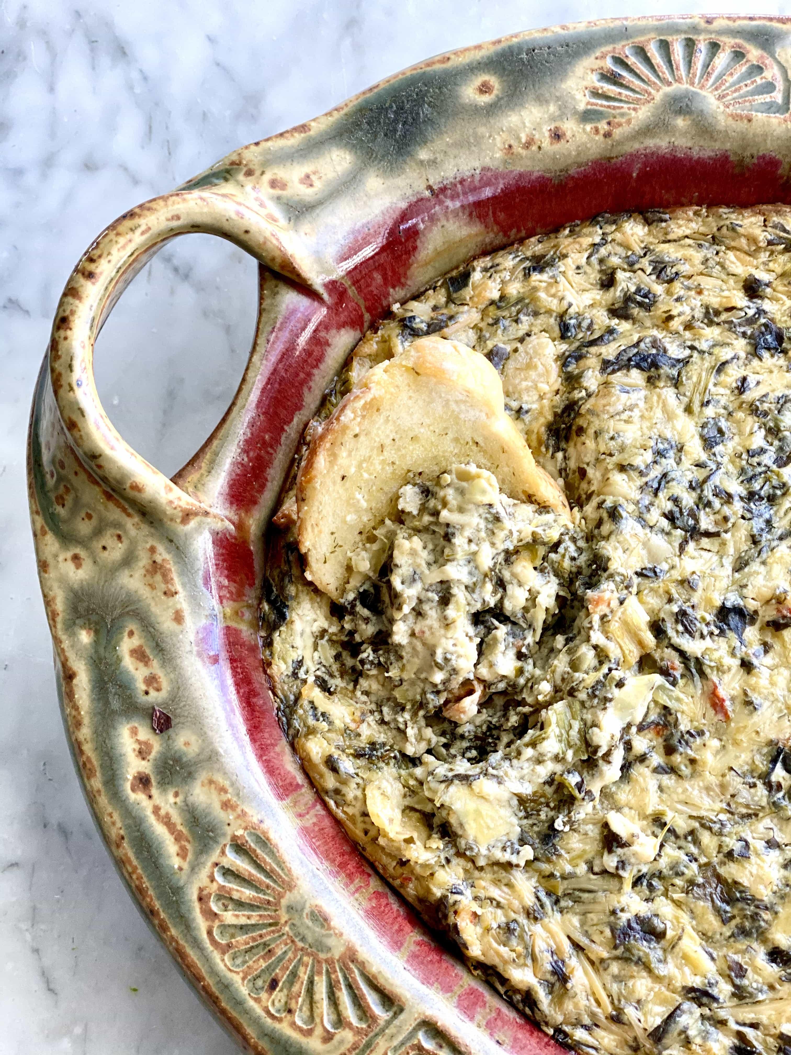spinach artichoke dip with crostini