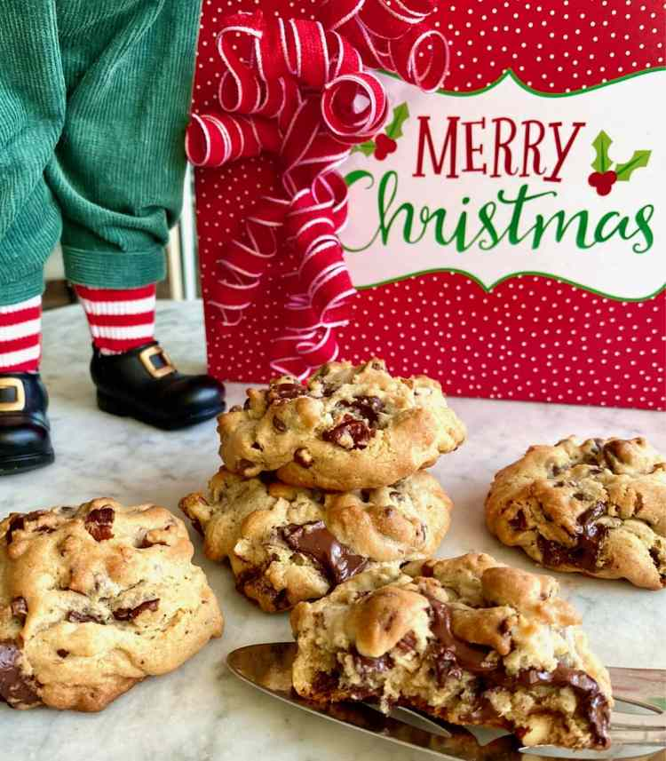 santa's chocolate chip cookies