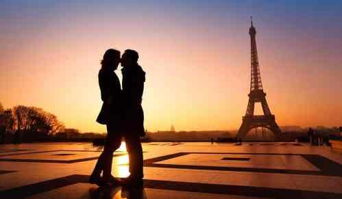 Cancelamento de voo prejudica comemoração de 25 anos de casamento de um casal de passageiros – Quais são os meus direitos?